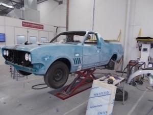 HG Holden 4